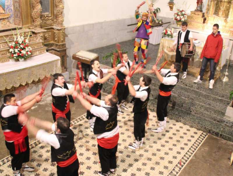Fiestas y Tradiciones 02